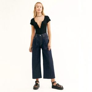 Free People Levis High Waisted Ribcage Pleated Wide Leg Crop Premium Denim Jeans